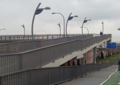 Iluminación de la pasarela parque Goya de Zaragoza (1)